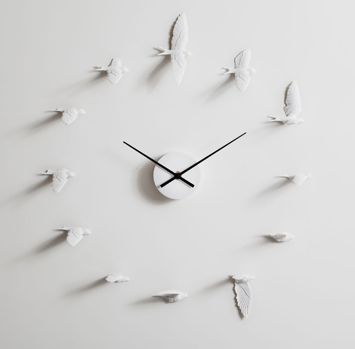 The-Swallow-Clock-By-Haoshi-Design-Studio-yatzer-5